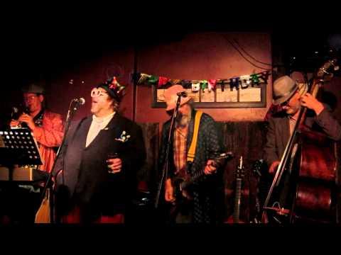 Nippertown! – LIVE: The Chandler Travis Three-O @ the Ale House, 6/16/12